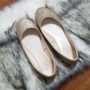 Women's David's Bridal Gold Glitter Flats Size 6